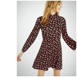 Express Sz XS Floral Print Bell Sleeve Dress